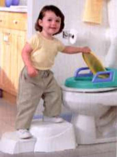 Superb Best Potty Chair Safety St Potty Potty Chair Beatyapartments Chair Design Images Beatyapartmentscom