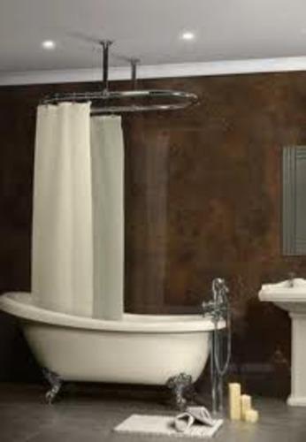 HRI Shower Curtain Rails