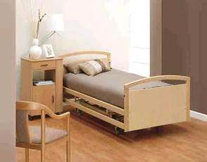 PR07116 Liftcare Euro 200 HiLo Bed