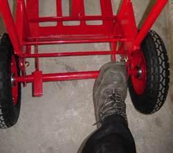 PR07823 Easitilt Pivoting Axle Hand Truck