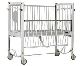 PR01366 Axis 6100 Child Cot