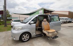 Toyota Porte with turnout wheelchair seat
