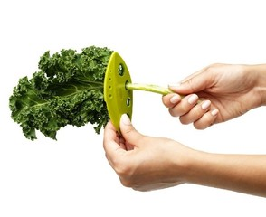 Chef'n Loose Leaf Kale and Greens Stripper stripping Kale