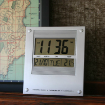 Jadco Quartz LCD Calendar Clock