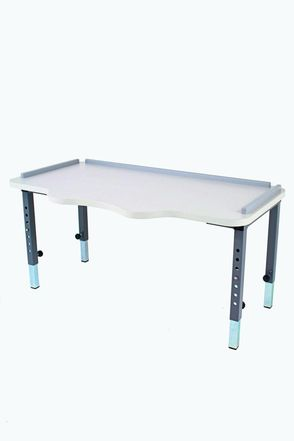 CAP Corner Chair Table