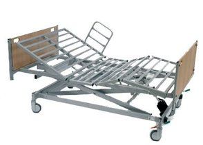 PR05638 Invacare Octave 4 Section Electric Bed