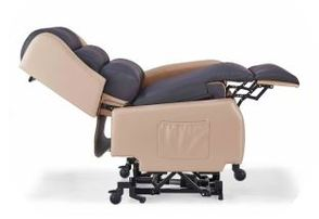 Semi-reclined position, armrest removed